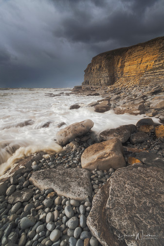 Gold at Dunraven Bay