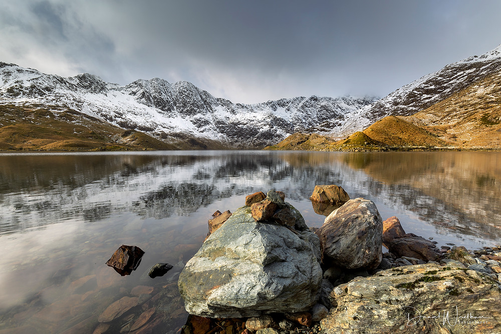 Amazing picture, Snowdonia, Snowdon, Landscape photography, Daniel Wretham, Light, Mountain, Snow, Water, Llyn Llydaw