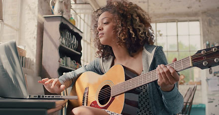 Learn Guitar Online Private Lessons