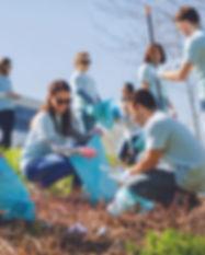 Volunteer Group Roadside Cleanup