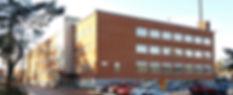 Aasaskolan-Oskarshamn-fasad-mot-parkerin