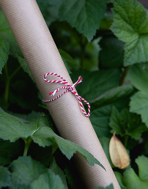 8m Eco friendly recyclable gift wrapping paper