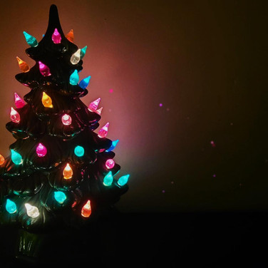 Harpscape #27: Traditional Ceramic Christmas Tree