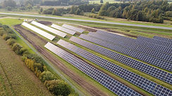 Mamibot Mysolar Bifacial high efficiency panels in action in summer days