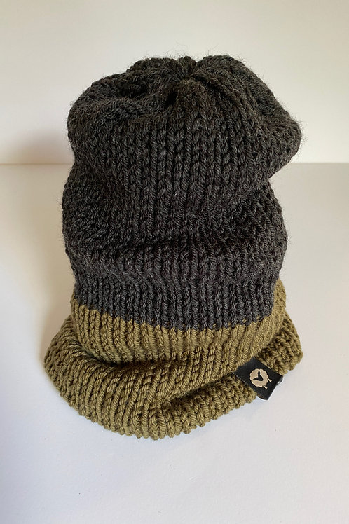 Reversible Beanie - Charcoal/Olive Green