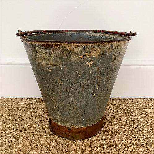 Bucket RED