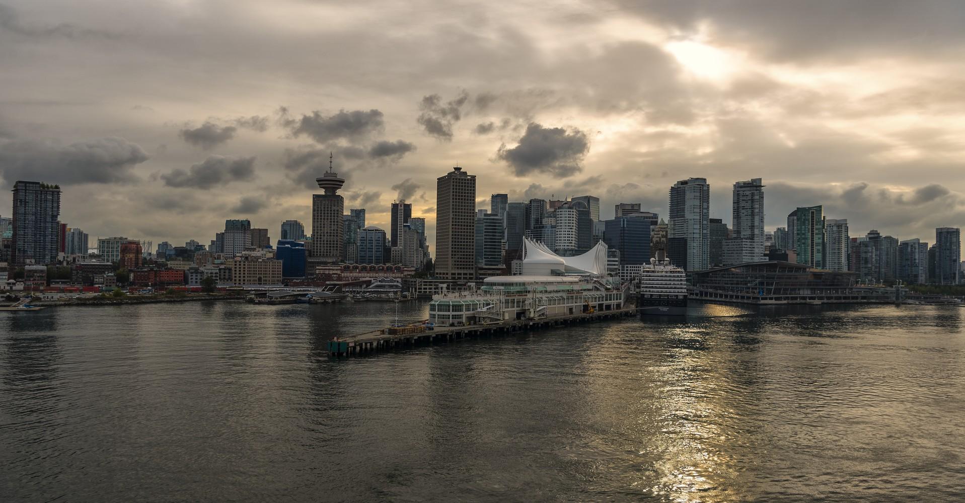 Auslaufen Vancouver V2