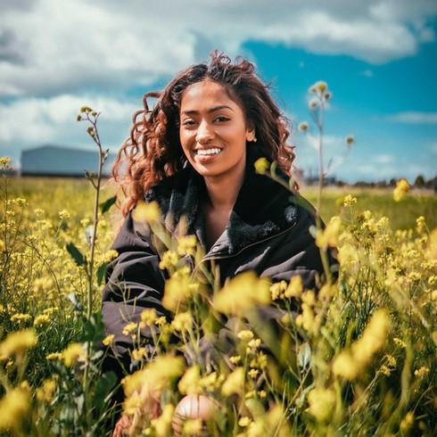 Lihini Yellow Flowers 2019 [MaxFilm]-4.j