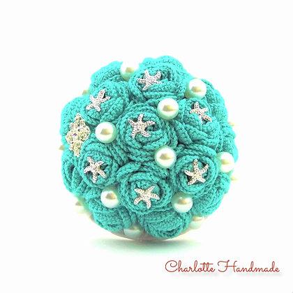 'Crocheted Roses' Mini Blumenstrauß