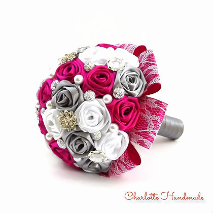 "Satin Ribbon Roses Bouquet - ""Mini"" Blumenstrauß"