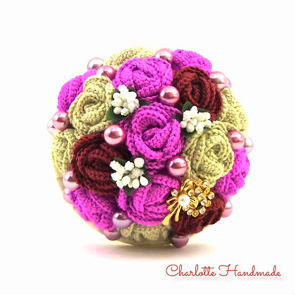 'Crocheted Roses' Mini Blumenstrauß