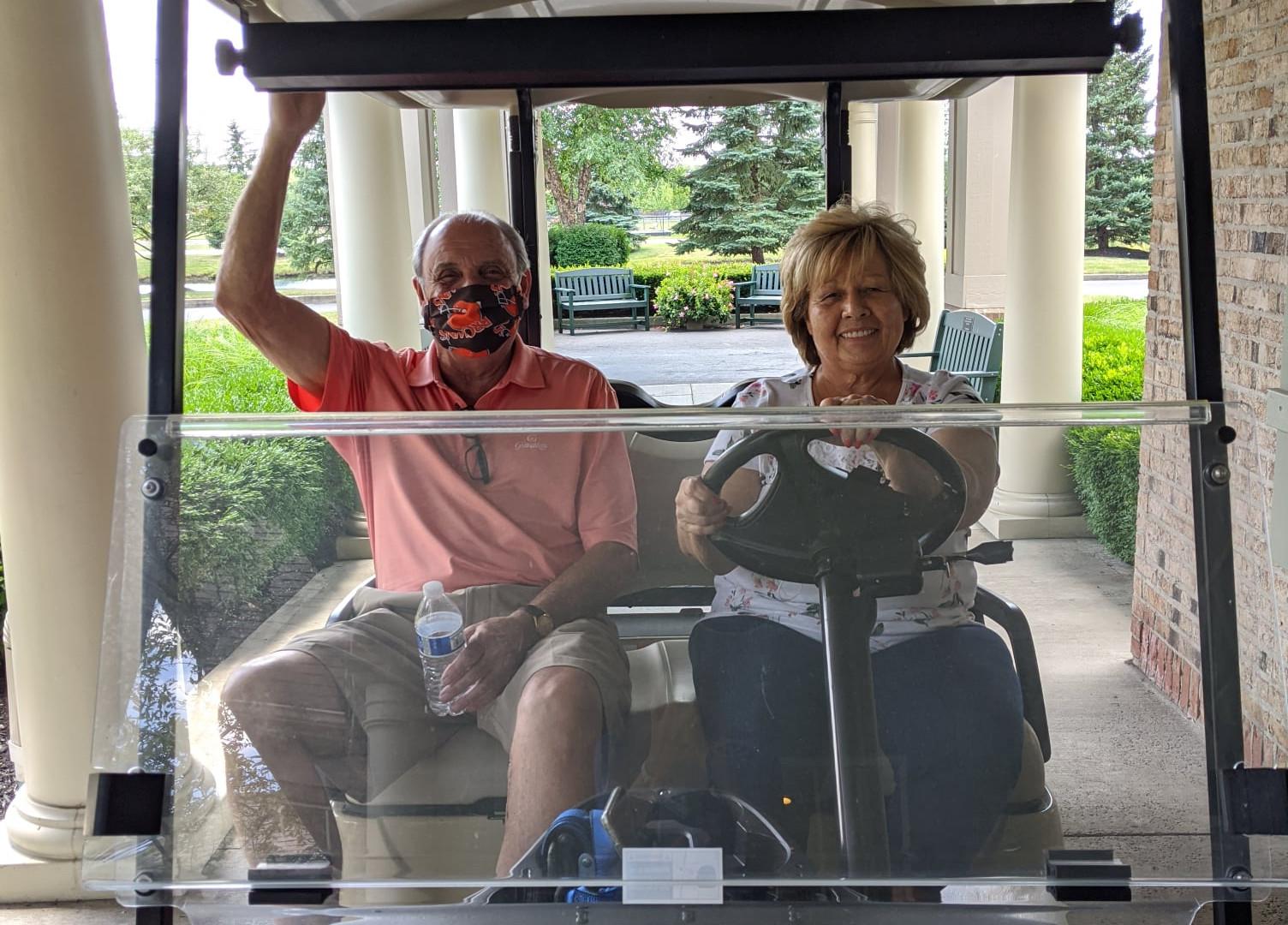 Golf Cart.jpg