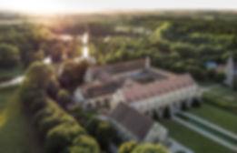 Abbaye-et-fondation-de-Royaumont-Vue-aér