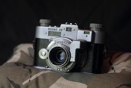 Yashinon DS 28mm f2.8