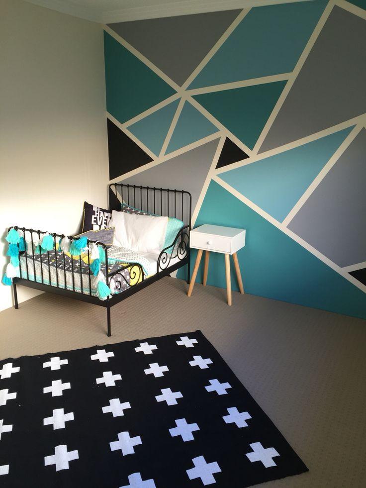 https://i.pinimg.com/736x/11/d7/59/11d7595e72ee2715cd99c7d68cb0a9e1--big-boy-bedrooms-teen-bedroom.jpg
