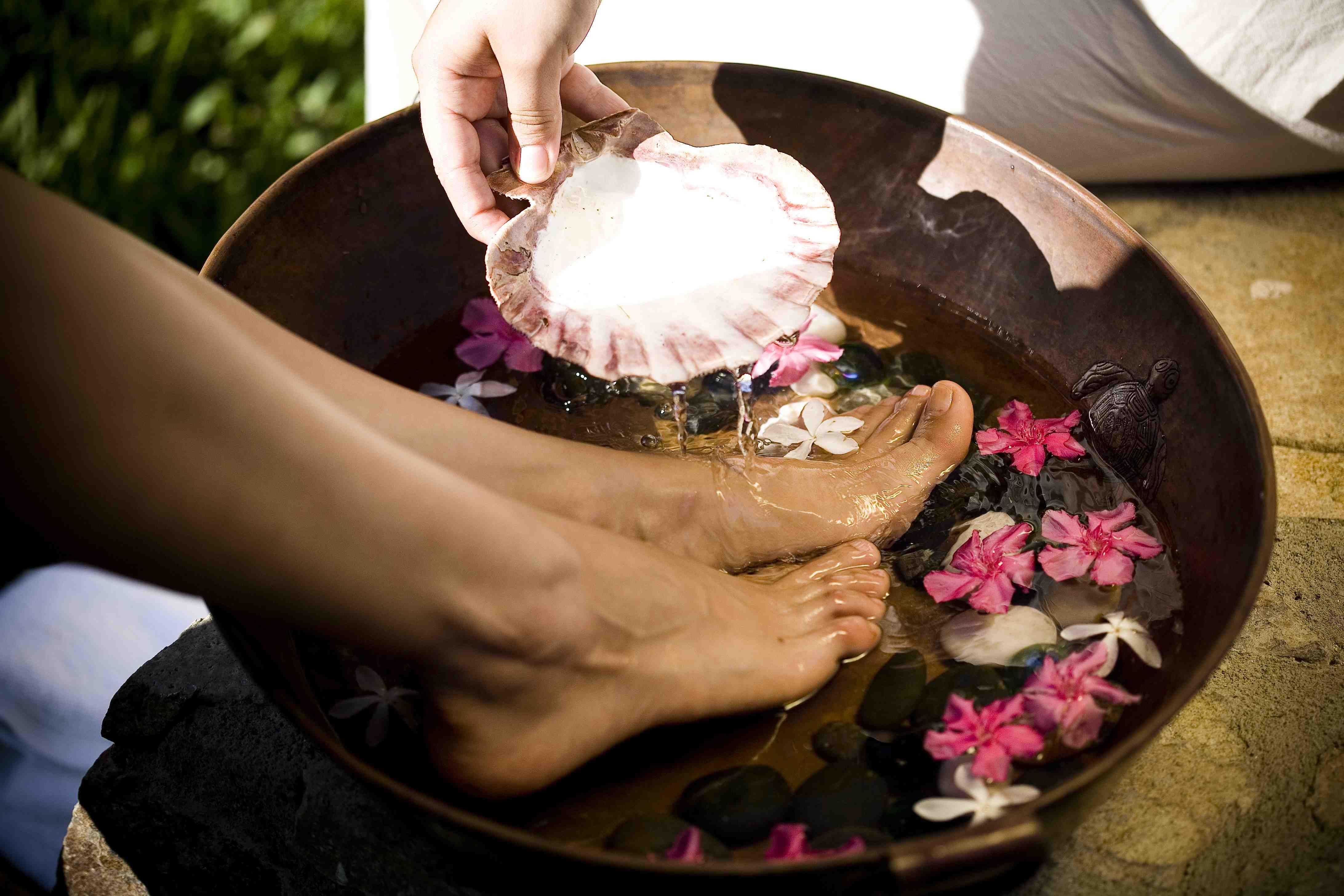Reflexology & Aromatherapy Foot Bath