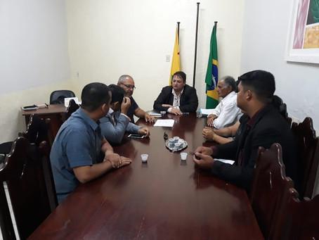 Príncipe reúne desportistas para tratar sobre o projeto de revitalização do Estádio Naborzão