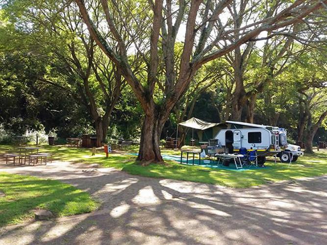caravan_camping_10.jpg
