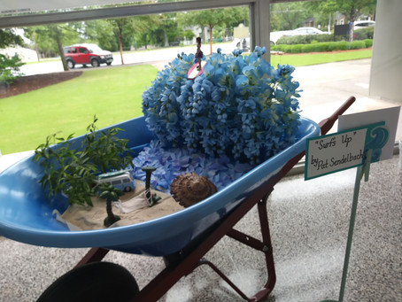 "Garden Tours Exhibits ""Making Waves Theme"" of the 10th Annual Hydrangea Festival"