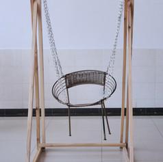 《秋千椅》
