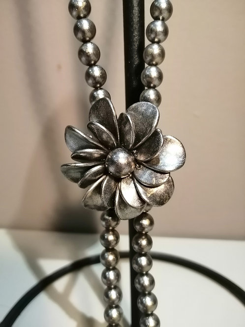 Lightweight Long Dark Silver Pearl with Flower Necklace