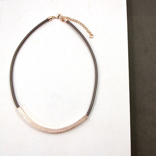 Taupe  leather necklace with rose gold bar