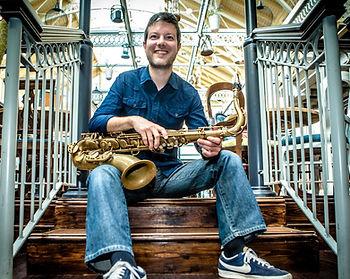 Neil Crossley, woodwind, saxophone, musician