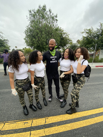 Holly Girlz with Common
