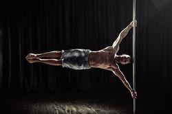 pole dance flagman show suisse