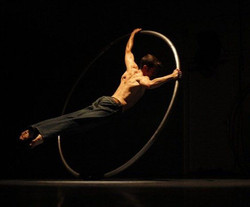 roue cyr suisse spectacle