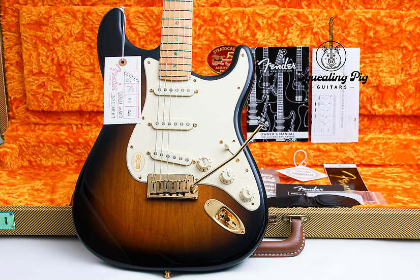 """FENDER USA 50th Anns Deluxe Stratocaster """"Two Tone + Maple"""" (2004)."""