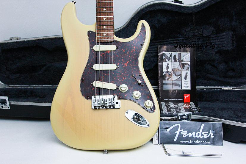 "FENDER USA Stratocaster Plus Deluxe ""Vintage Blonde + Maple"" (1993)"