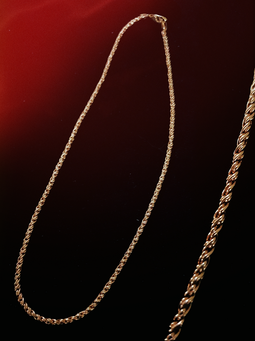 Solid Gold Double Twisted Link Chain Necklace