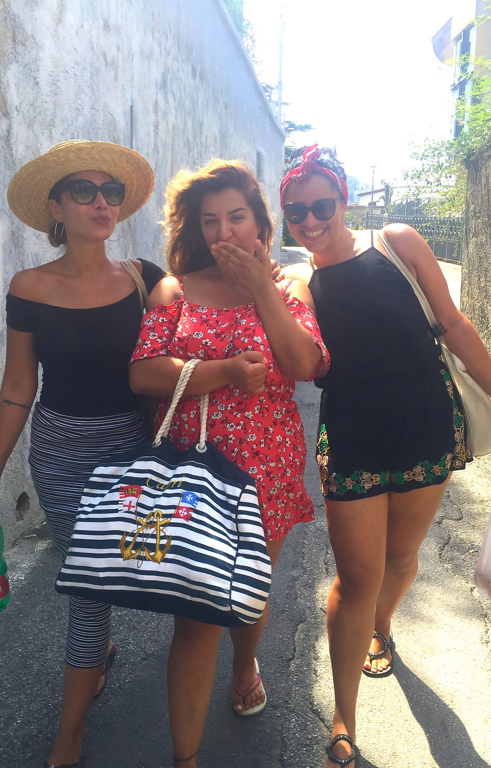 Mel, Göz and Isabella <3