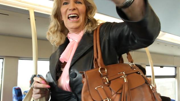 Carolyn plays Lambert