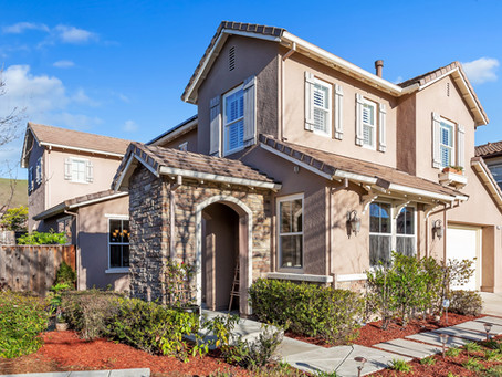 Stunning Home in Court Location, Near DVHS!