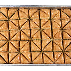 Tray of Triangle Baklava with pistachio