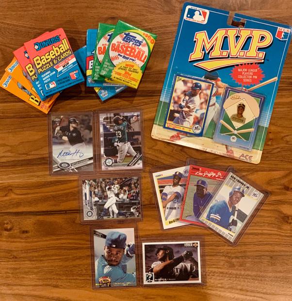 Mariners Baseball Cards Collectors Set