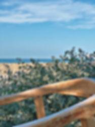 cabane-bambou-plage-restaurant-saint-tro