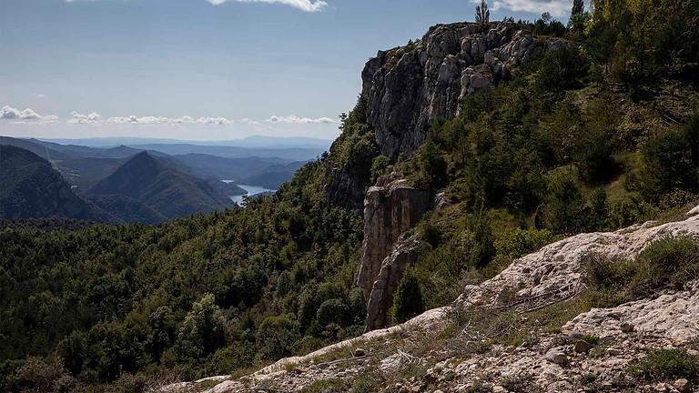 """Cingles de Vallcebre, a fantastic balcony of """"Serra del Cadí-Moixero"""". Hiking"""