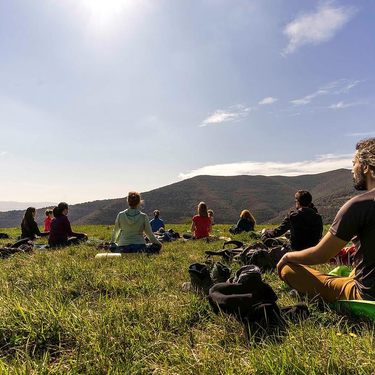 Caminata consciente + Yoga @Cascadas de la Garrotxa