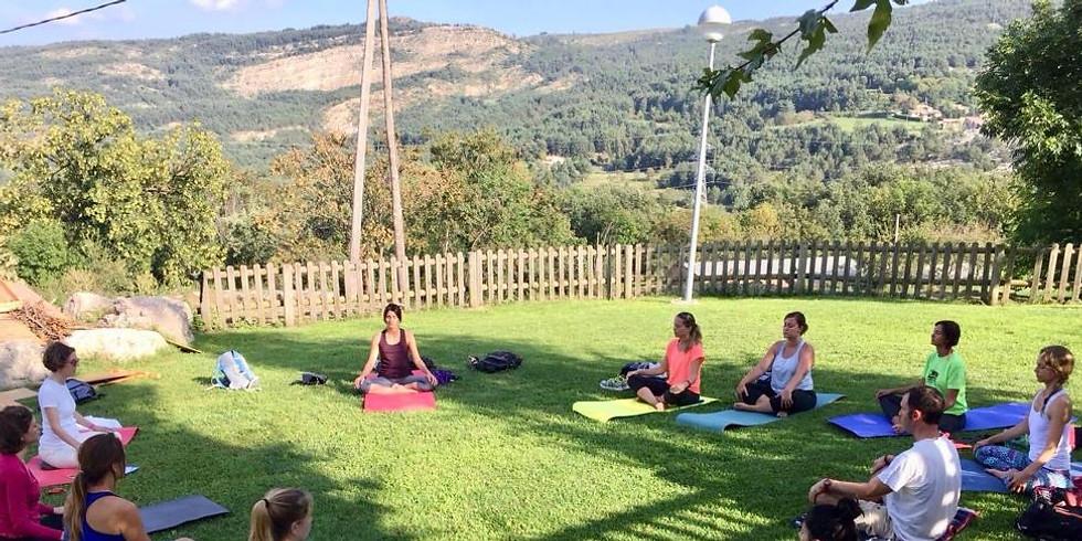 Conscious hike + Yoga @ Cingles de Vallcebre + natural pools
