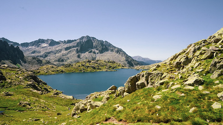 National Park of Aigüestortes in Vall de Boí – (3 nights / 4 days) – Hike