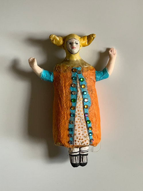 Wall doll orange