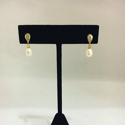 Gorgeous Cultured Pearl and Diamanté Drop Earrings