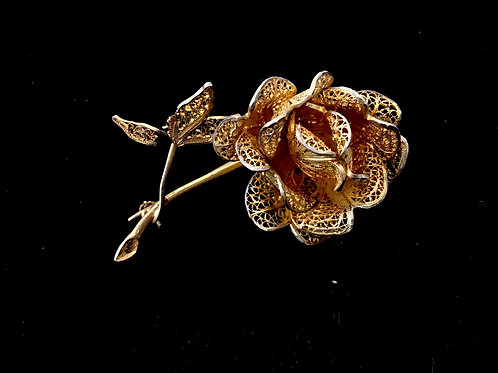 Stunning Gilt Filigree Three Dimensional Rose Brooch