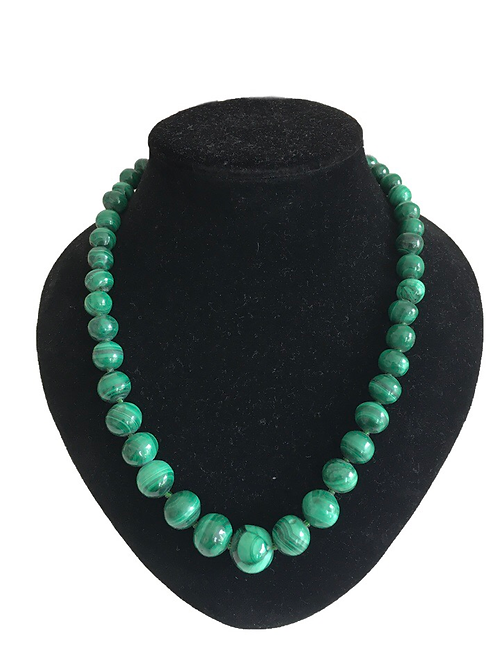 Sumptuous Green Malachite Beaded Necklace