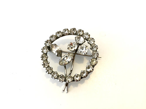 Stunning Edwardian / 1920s Circle Brooch with Simple Flower Design