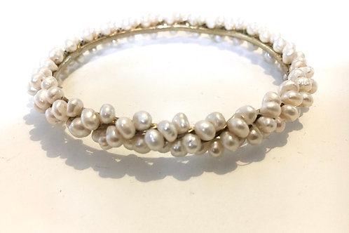 Sweet Freshwater Pearl Studded Bangle