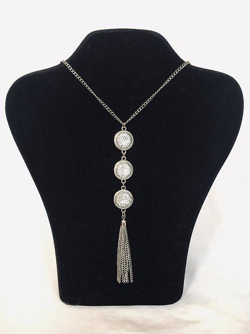 Modern Silver Metal Tassel Sautoir Necklace